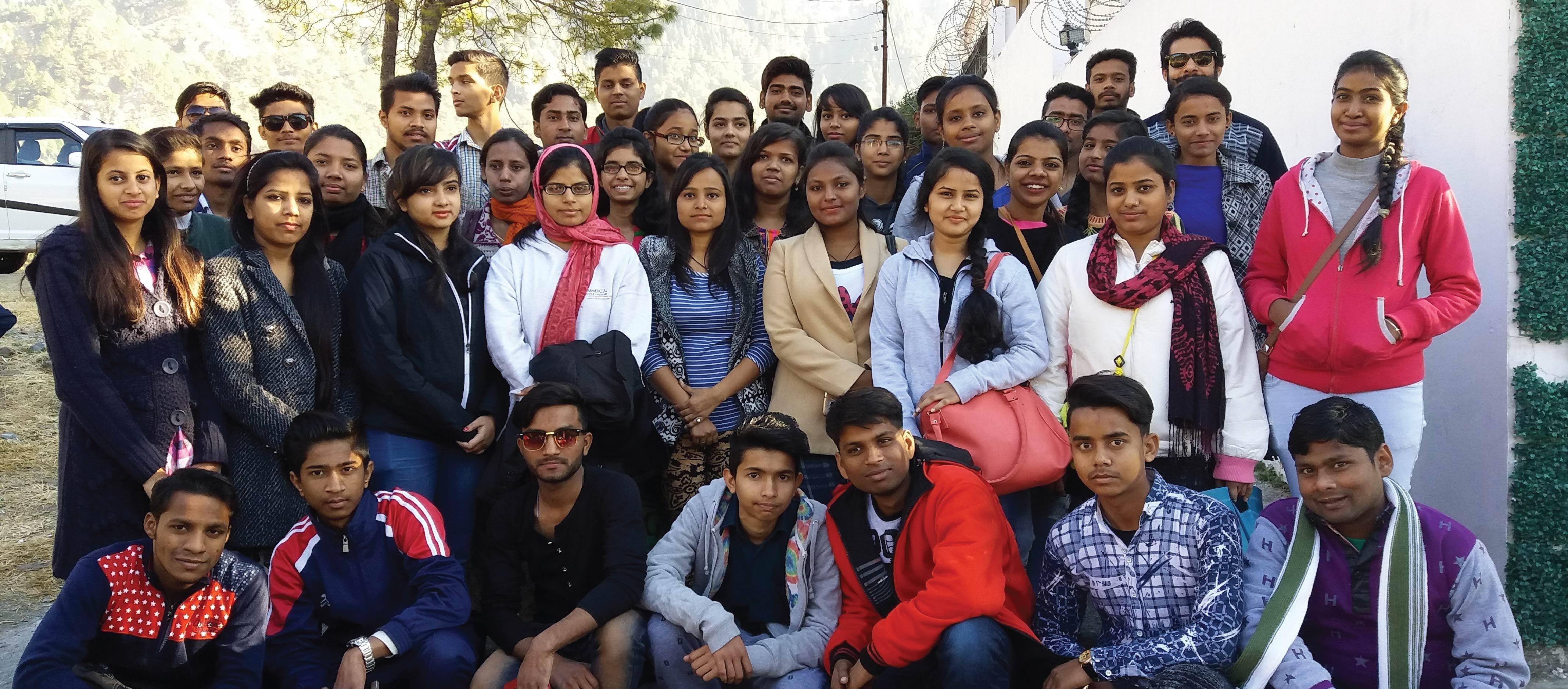 College-Trip-01